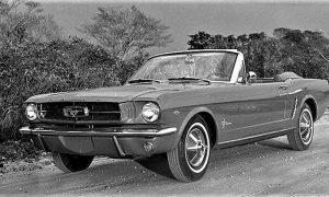 Docin Ford Mustang bio je model iz 1964. godine crvene boje