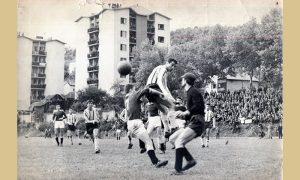 Užičani, kad se napuni stadion, a i Vlajkov za male sportove, terase i dvorišta, gledali su utakmice i sa krovova Valjaoničkih solitera