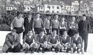 """FK """"Sloboda"""" snimljena pred utakmicu sa Zvezdom marta 1965. godine"""