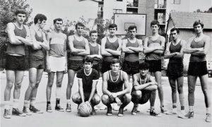 Na Vlajkovom stadionu užički košarkaši, druga polovina šezdesetih