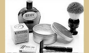 """Pribor za brijanje šezdesetih i sedamdesetih: sapun, četkica, držač za žilet, Mem Silver žilet i obavezna kolonska voda """"Brion"""""""