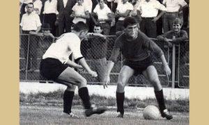 Radomir Antić u akciji na Stadionu 24. setembar u Begluku 1967.