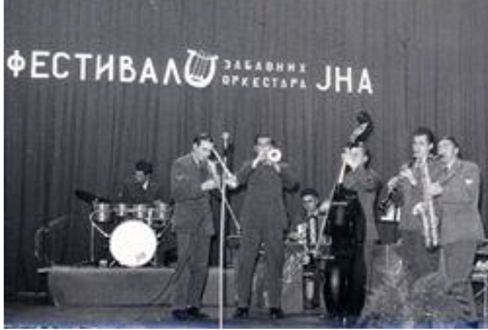 Zabavni orkestar Doma JNA.
