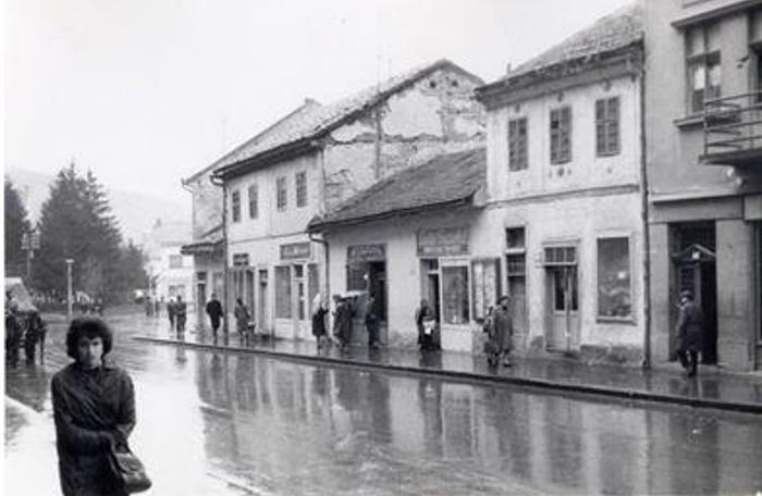 """Deo starog Užica uz Glavnu uicu gde se danas nalazi blok """"Zlatibor"""""""