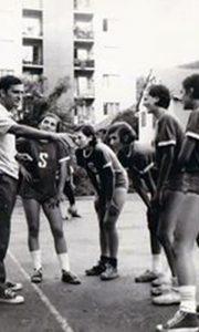 Trener Rako, košarkašice Sevojna, tajmaut na Vlajkovom stadionu