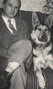 Vova Prohorov sa tada najpametnijim užičkim psom Rolfom, vučjakom učitelja Žunića