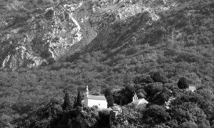 Manastir Gradište na brdu iznad Buljarica