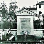 """Izvor i hotel """"Kraljeva voda"""". Prve građevine Česma i hotel, prvi turisti na Mirisnom Zlatiboru."""