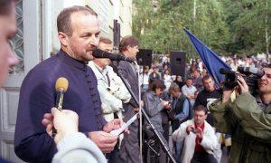 Snimatelj Televizije 5 Mijailović u akciji