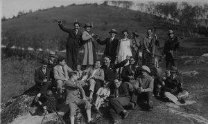 Užičani su i na izlete išli sa svojim posebnim muzičarima Carinjašima.