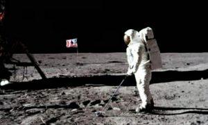 Golf na mesecu