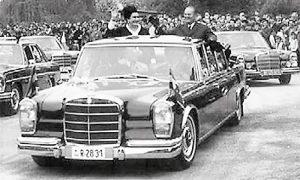 Tito i Jovanka dolaze u Titovo Užice na veliki narodni miting