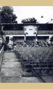"""Bioskopska Bašta sa kafanom kina """"Zlatibor"""""""