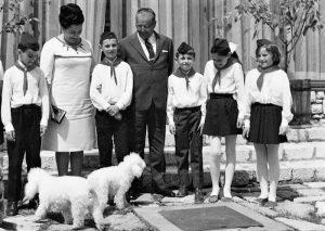Tito, Jovanka, pioniri maleni, pudlice…