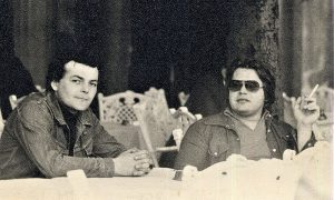 Čekanje konobara pred Gradskom Kavanom sedamdesetih