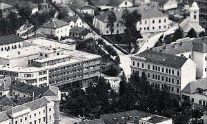 Parčić, Dograđeni hotel Palas, na uglu tek izgrađena zgrada Investiciono-komercijalna banka Titovo Užice, do 1970. Jedina banke u Užičkom srezu